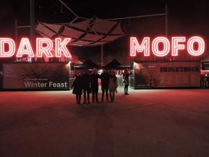 Dark Mofo, festival com bandas locais e internacionais, comida de todos os lugares do mundo e estrutura arquitetônica impressionante